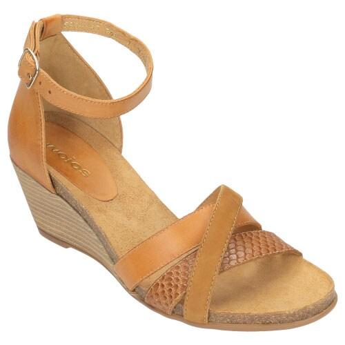 Jasnobrązowe wygodne sandały damskie na klinie 8836-53