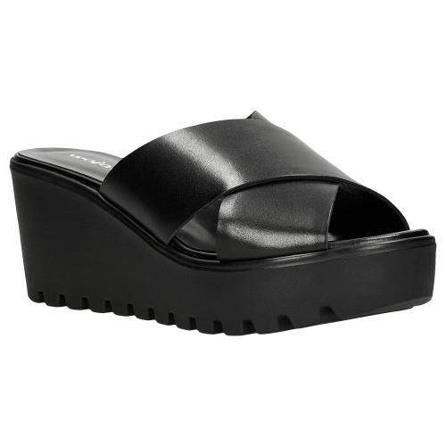 Czarne klapki damskie na koturnie 74034-51