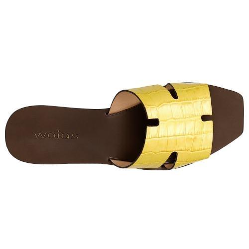 Żółte klapki damskie z imitacją skóry krokodyla 74042-58