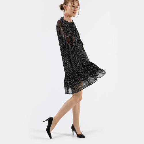 Efektowne czarne szpilki damskie z ozdobnym tłoczeniem 35075-51