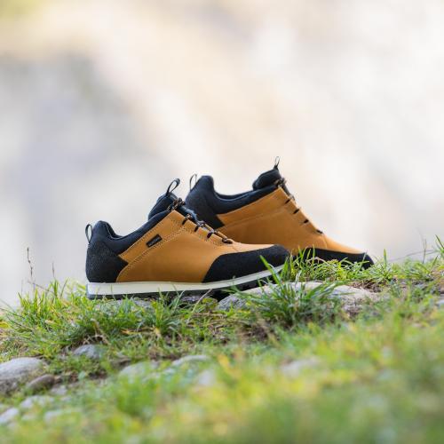 Żółto-czarne trekkingowe półbuty damskie 46031-78
