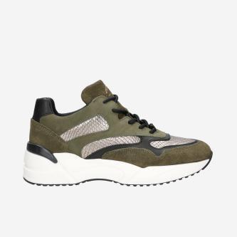 Štýlová dámska športová obuv pre odvážne dobrodruhyne 46067-87