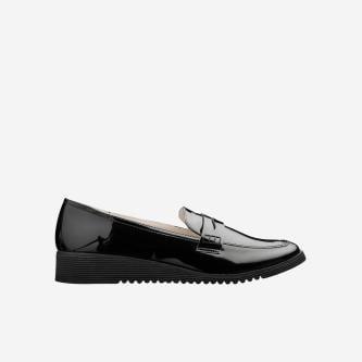 WJS czarne lakierowane loafersy damskie WJS64004-31