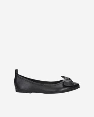 Černé dámské baleríny v minimalistickém stylu 44007-51