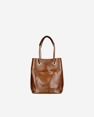 Dámska kožená kabelka pre každú príležitosť 80019-52