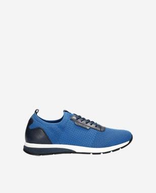 Modrá pánska športová obuv vhodná na aktívny oddych 10086-87