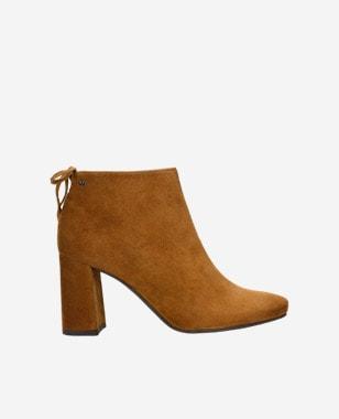 Príjemné jemno hnedé dámske členkové čižmy na jeseň 55088-63